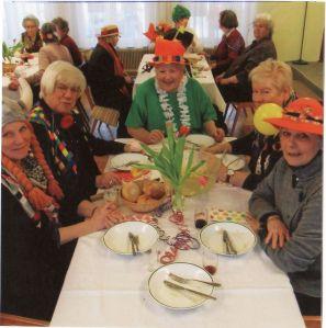 Seniorenrunde im Gemeindesaal